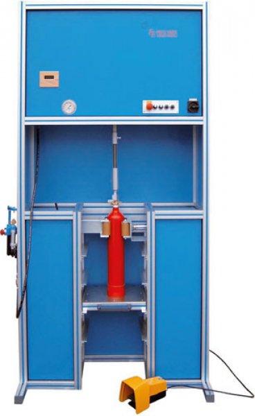 Zariadenie na vy- / skrutkovanie ventilov