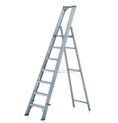Schůdkový rebrík s nášľapnou plošinou