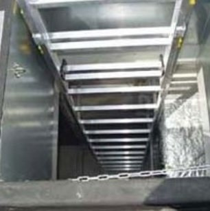 JUST Typ 60-008 stacionární žebřík pro sestup do šachty