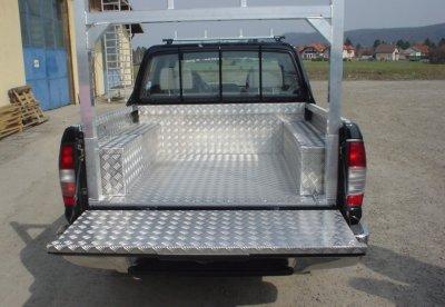 JUST - Plošiny pro auta