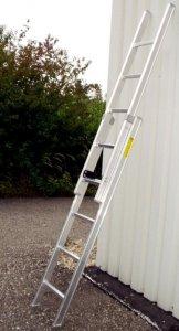 Rebrík na lepenie plagátov