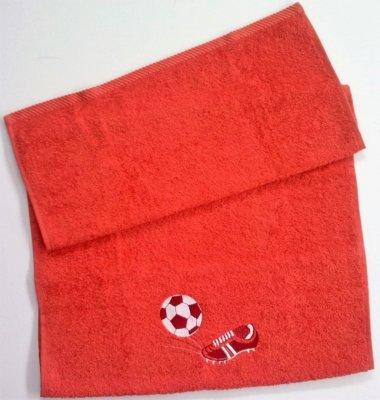 Froté osuška s futbalovou výšivkou - červená
