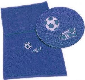 Froté osuška s fotbalovou výšivkou a jménem - královská modř