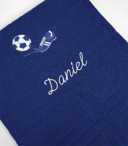 Froté osuška s fotbalovou výšivkou a jménem - tmavě modrá